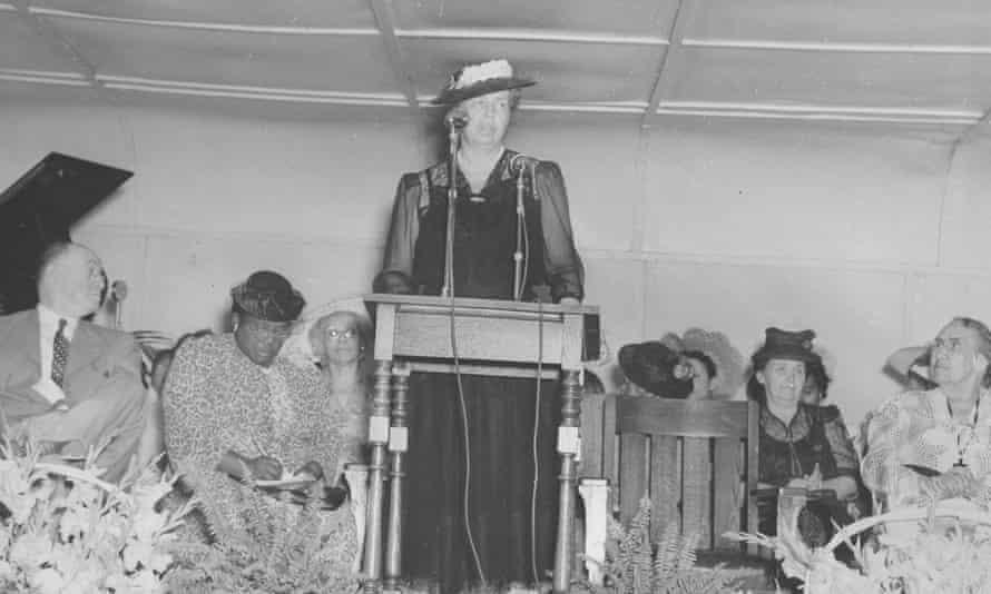 Eleanor Roosevelt delivers a speech at Bordentown School, Bordentown, New Jersey, on 20 July 1942.