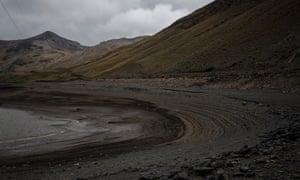 Tierra parda y estéril: la sequía histórica de Bolivia – en imágenes