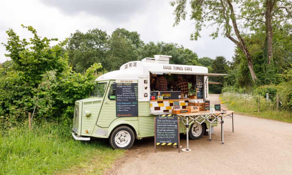 Roadside refreshment van in Stowe, Buckinghamshire.
