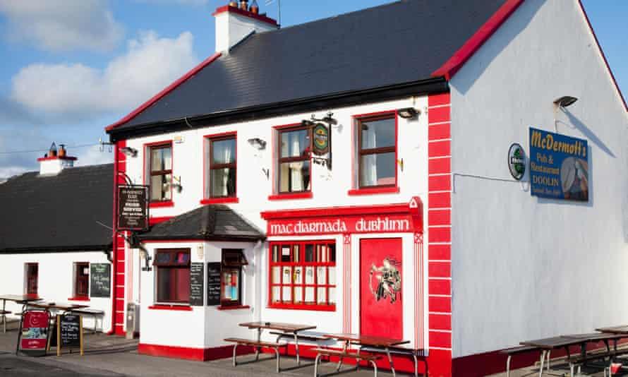 McDermotts pub, Doolin, County Clare.