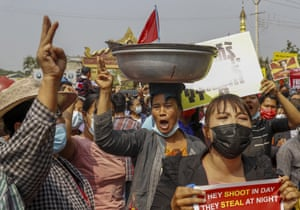 Mandalay, Myanmar. Demonstrators protest against the military junta's arrest of National League for Democracy party lawmakers, the Mandalay region chief minister, Zaw Myint Maung, and its mayor, Ye Lwin, outside Aung Myay Thar Zan township court