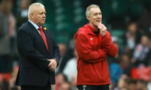 Rob Howley with the Wales head coach, Warren Gatland, in February 2019, during the Six Nations.