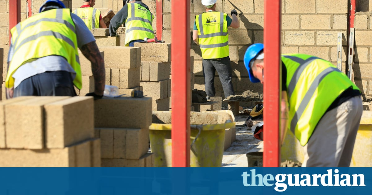 Construction Workers Denied Access To Auto Enrolment