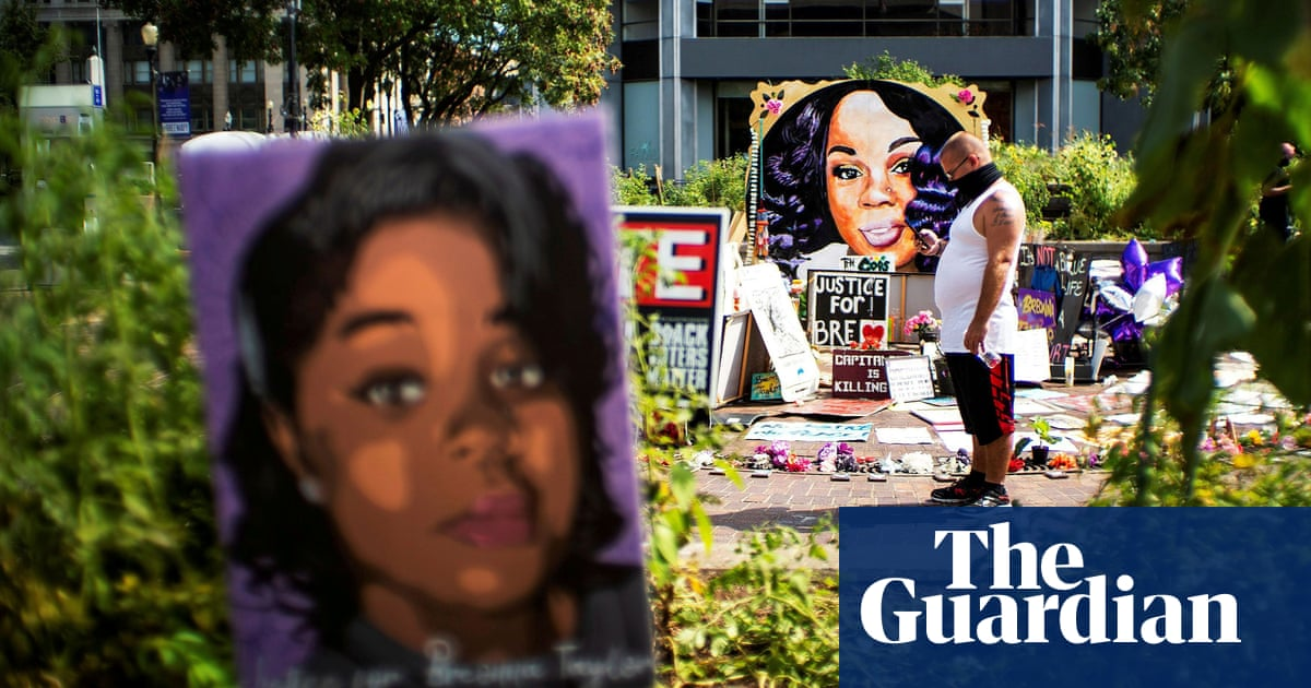Breonna Taylor: grand juror speaks out saying homicide charges weren't offered – The Guardian