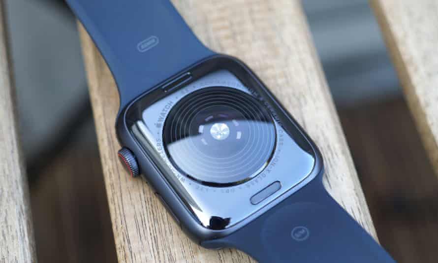Apple Watch SE 2020 review