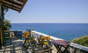 Coffee shop at Milopotamos beach on the Pelion.