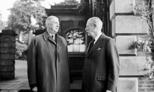 French president Charles De Gaulle visits Harold Macmillan at his home in Sussex, November 1961.