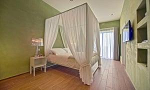 Bedroom at the Quaint Hotel, Xewkija, Gozo