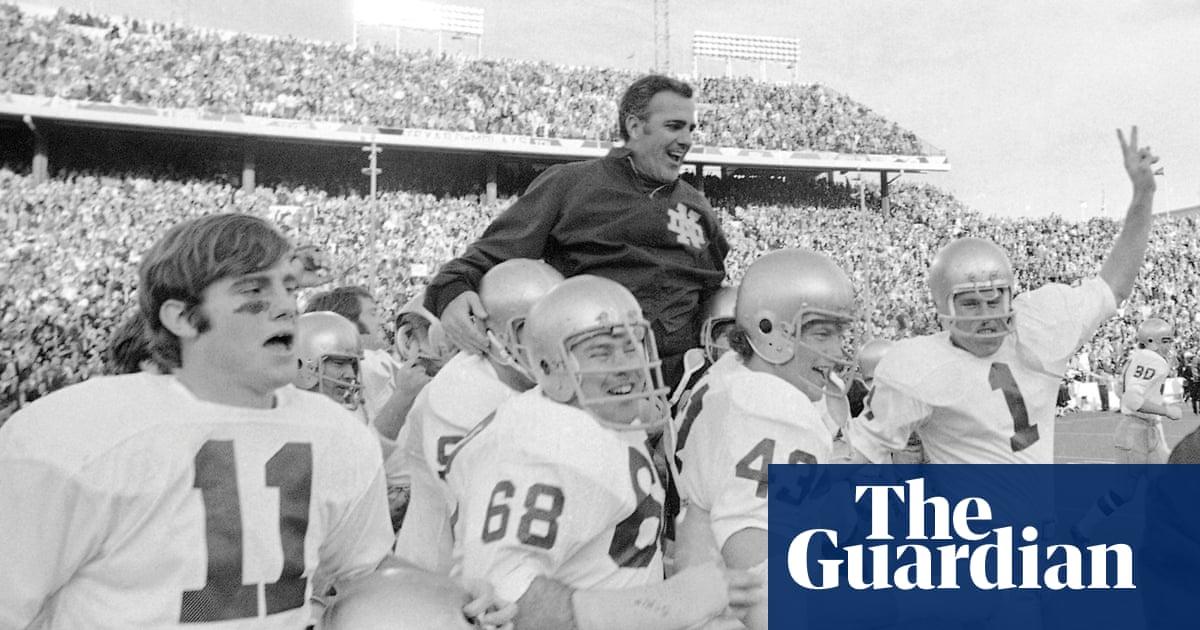 622a1a7d1d0 Ara Parseghian, legendary Notre Dame football coach, dies aged 94 ...