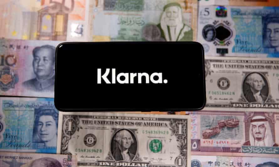 Klarna logo with a backdrop of currencies