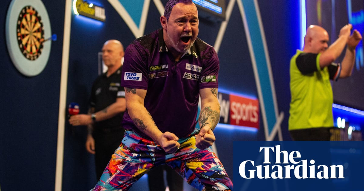 Peter Wright beats Michael van Gerwen to win his first PDC world title