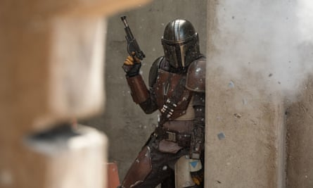 Pedro Pascal stars in The Mandalorian, an eight-episode live-action Star Wars series premiering 12 Nov. on Disney+.