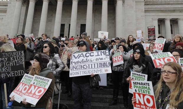 Facebook pressured to halt rise of anti-vaxx groups