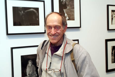 Paul Fusco at a Magnum exhibition in New York in 2005.