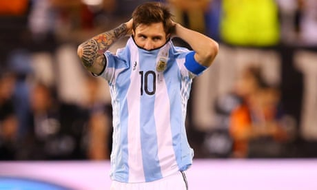 Argentina face must-win game against Chile amid deep economic uncertainty