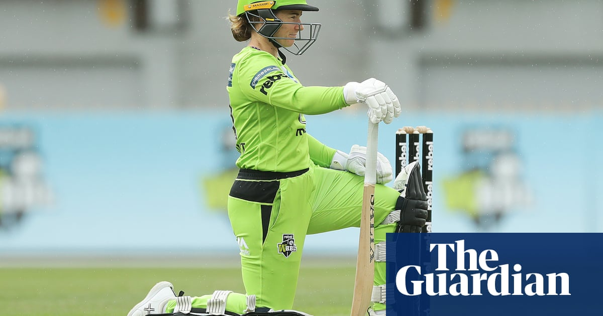 WBBL: Ellyse Perry returns for Sixers as Thunder take a knee for Black Lives Matter