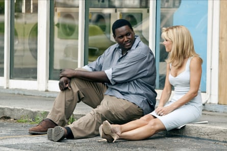 Quinton Aaron and Sandra Bullock in The Blind Side.
