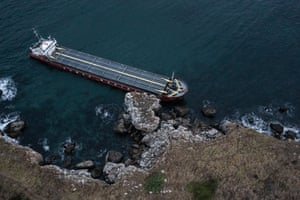 A cargo ship with 20 tons of fuel onboard is stranded in Kamen Bryag, Bulgaria