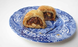 Felicity Cloake's perfect fig rolls.
