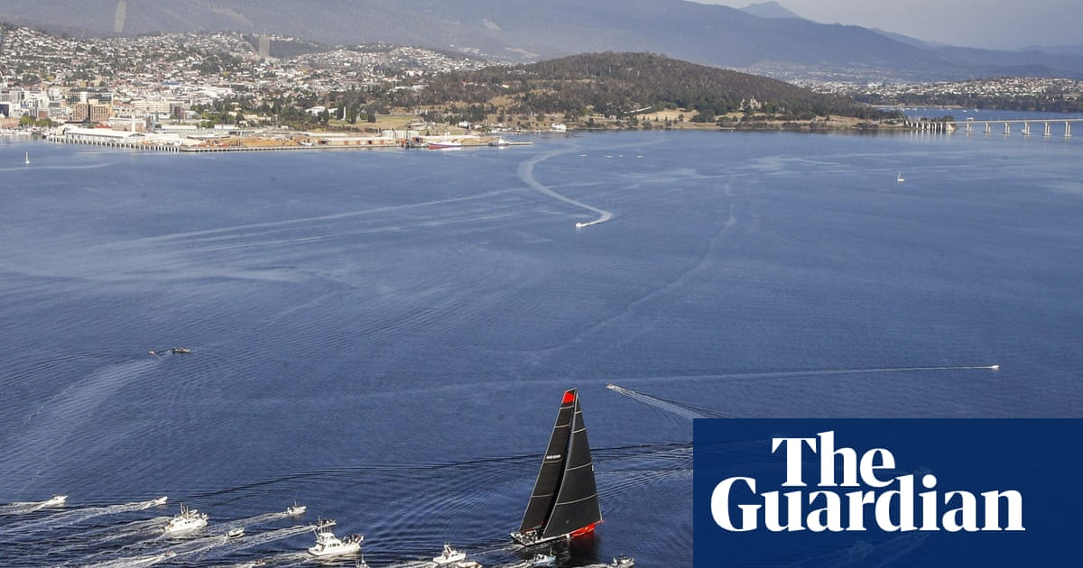 Sydney to Hobart: Comanche takes line honours in dramatic race for third time