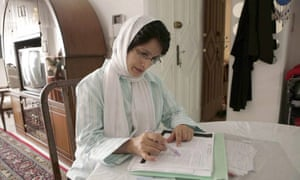 Nasrin Sotoudeh working at home