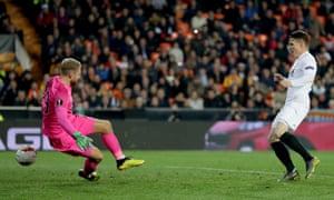 Kevin Gameiro scores Valencia's winner against Celtic at Estadio Mestalla on Thursday night.