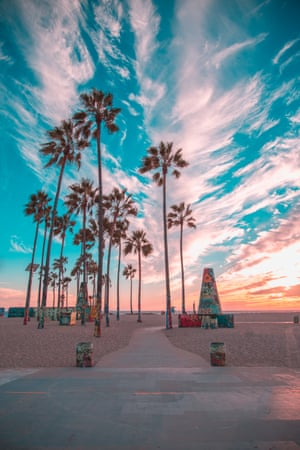 For this photo, the colours of the famous graffiti palm trees in Venice Beach compliment the colours created in the sky from the sunset. Make sure you move around and take shots from different angles and locations. This way you are done shooting you have a variety of photos and not just the same shots from a single spot. And don't leave too early! Sometimes after the sun has fully set the sky lights up with amazing colours. The last thing you want is watch the sky light up while you are driving away from the beach.