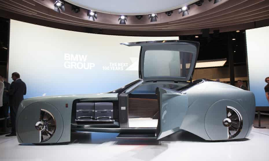 Rolls-Royce's Vision Next 100, the carmaker's first driverless vehicle.