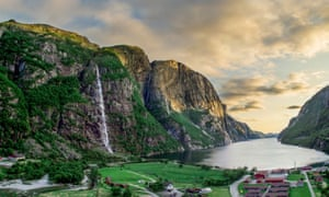 Norwegian fjords. How much freedom of movement would the UK be willing to accept for single market access?