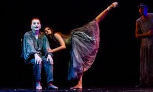 Lindsay Kemp and Daniela Maccari performing on stage.
