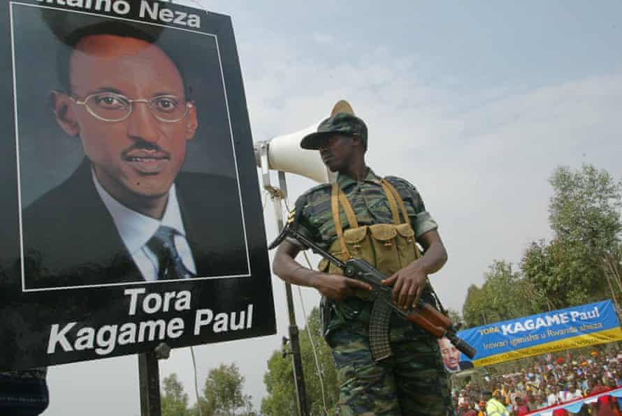 یک سرباز رواندا