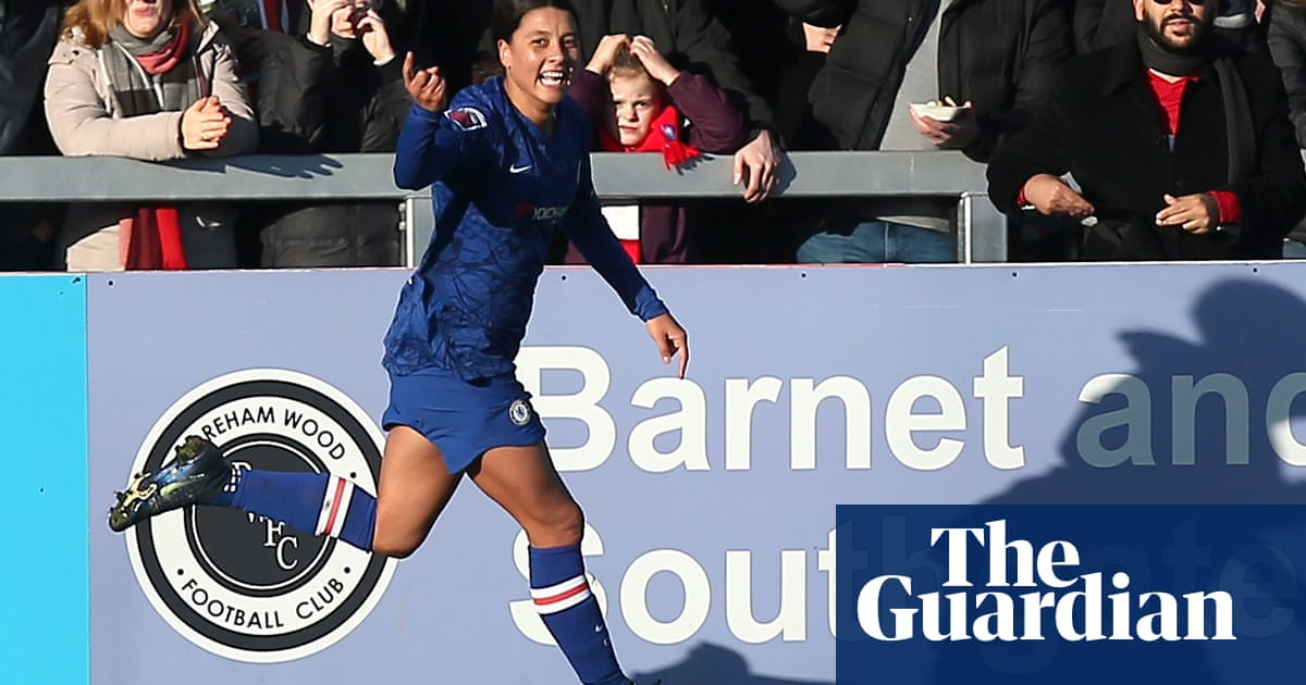 Sam Kerr opens account as Chelsea crush Arsenal in WSL title race
