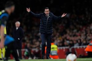 Unai Emery gestures on the sidelines.