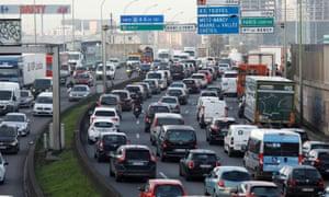 Rush hour traffic fills the ring road in Paris
