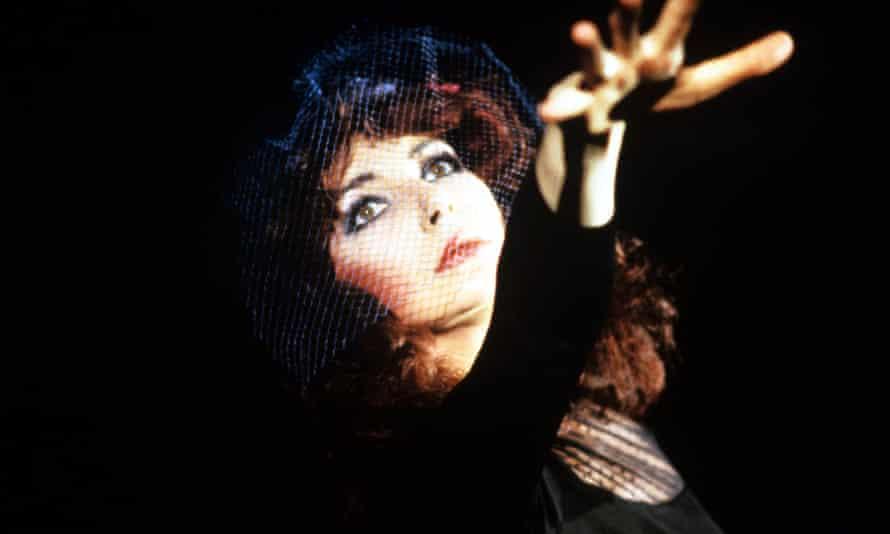 Kate Bush in 1986