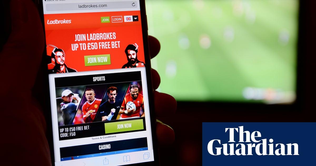 Ladbrokes keeps Covid furlough payments despite online betting surge