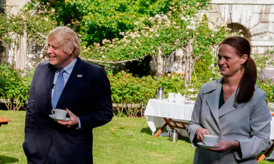 An image released by 10 Downing Street shows Boris Johnson and Jenny McGee in the gardens of 10 Downing Street in July 2020.