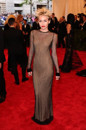 In 2013, Miley Cyrus embraced the Punk: Chaos To Couture theme in one of Jacobs' own creations, complete with spiky hair.