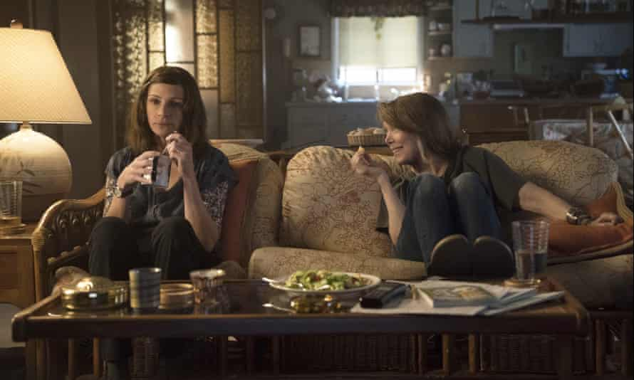 Julia Roberts, left, and Sissy Spacek in a scene from Homecoming