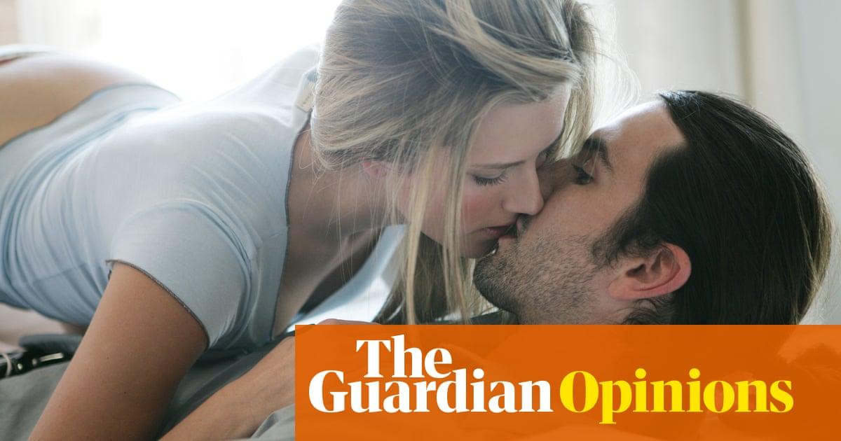 Amateur Women Enjoying Sex