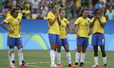 Brazi's women have written an open letter addressing the difficulties they face in playing for their country.