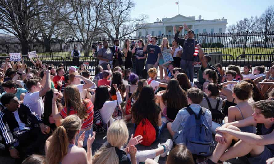 Hundreds of high school and middle school students from the District of Columbia, Maryland, and Virginia staged walkouts and gathered in front of the White House in support of gun control on 21 February.