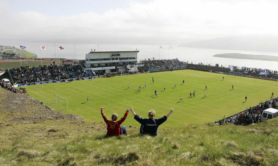 جزایر فارو در سال 2008 در خانه در ورزشگاه Svangaskard به مصاف اسکاتلند می روند.