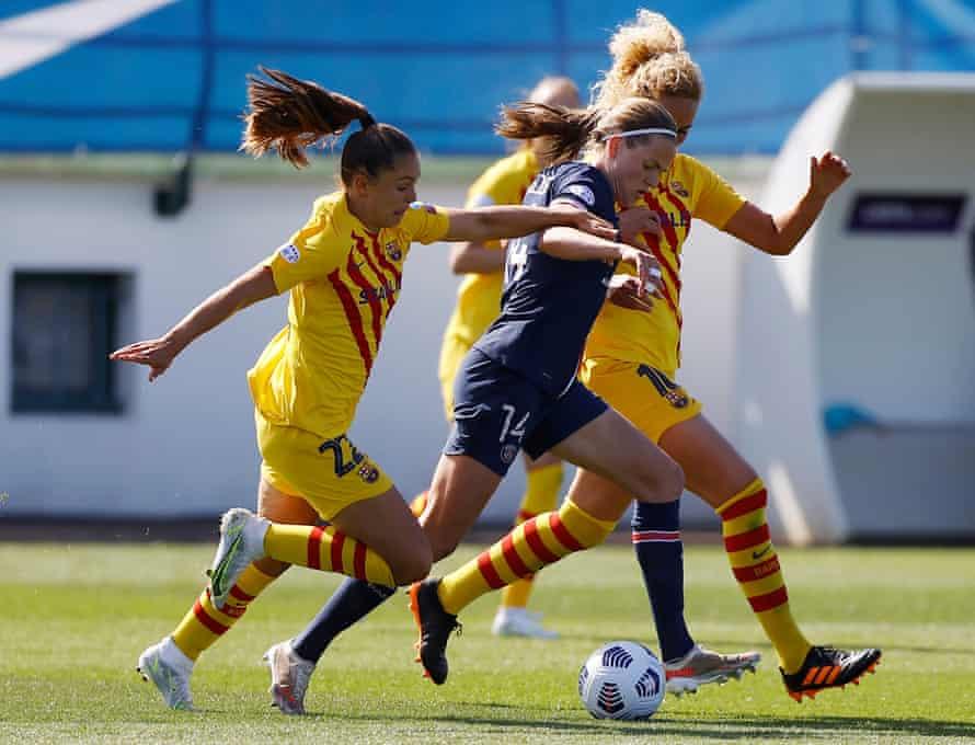 Irene Parades iz PSG-ja je aprila v polfinalu Lige prvakov premagala barcelonsko Ligo Martens (levo) in Keiro Hamroy.