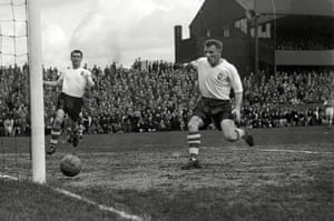 Tommy Docherty in action during a Preston win against Arsenal in 1958