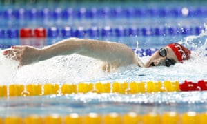 Freya Anderson helps Great Britain to gold in the mixed relay.