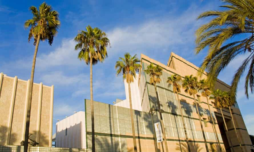 Los Angeles County Museum of Art on Wilshire Boulevard, Los Angeles, California, United States of America<br>CFE16B Los Angeles County Museum of Art on Wilshire Boulevard, Los Angeles, California, United States of America