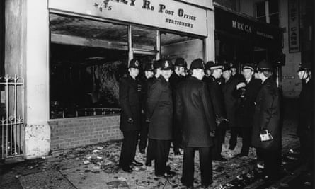 Police in St Paul's during the 1980 riot