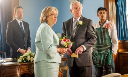 Anne Reid and Derek Jacobi (centre) in Last Tango In Halifax