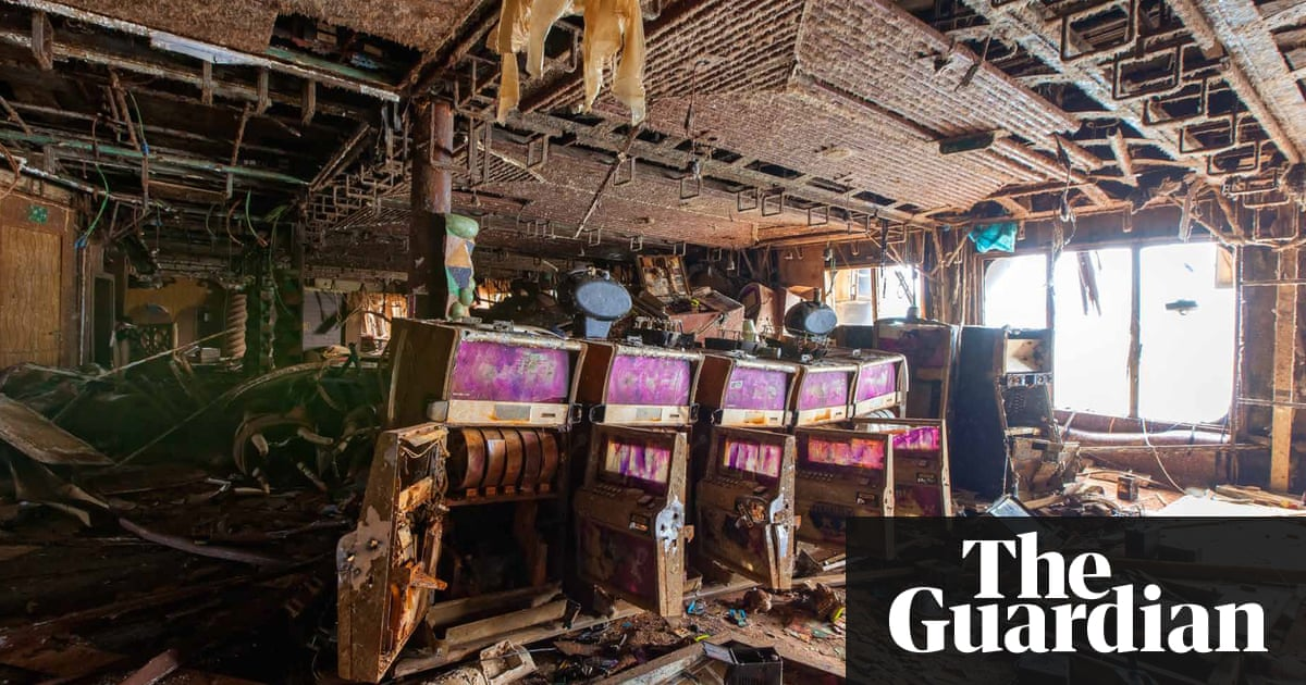 Inside costa concordia in pictures art and design the guardian for Show home interior design jobs